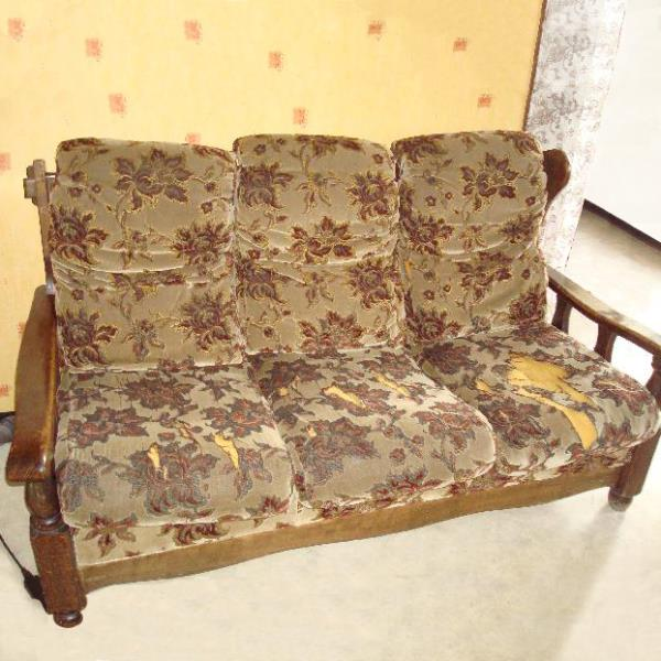 Vieux canapé
